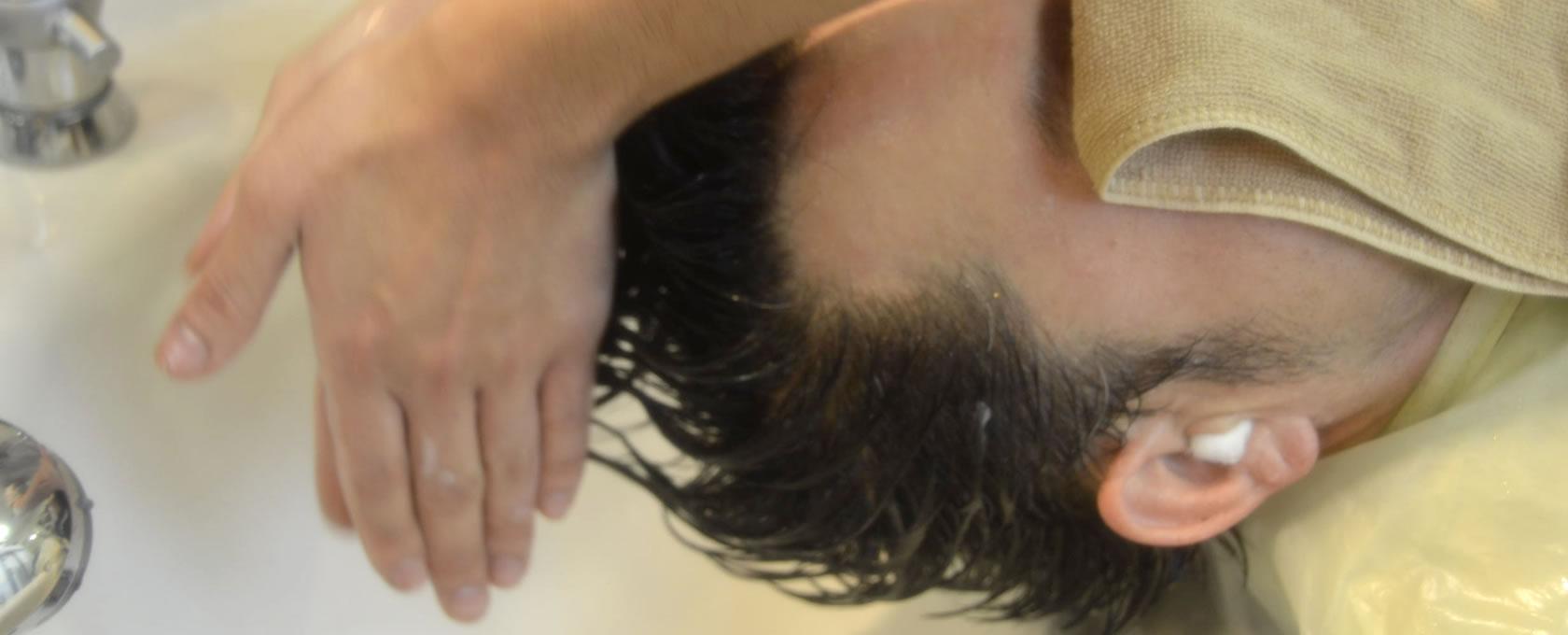 炭酸泉シャンプーでなめらかな髪質へ