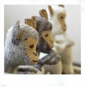 サロン内の飾り人形